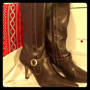 ❤️NEW WITH TAGS❤️ Leather Boots